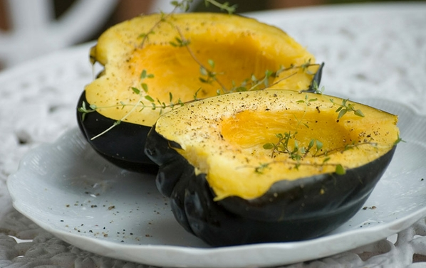 Maple & ginger glazed acorn squash bioenergetic recipe.