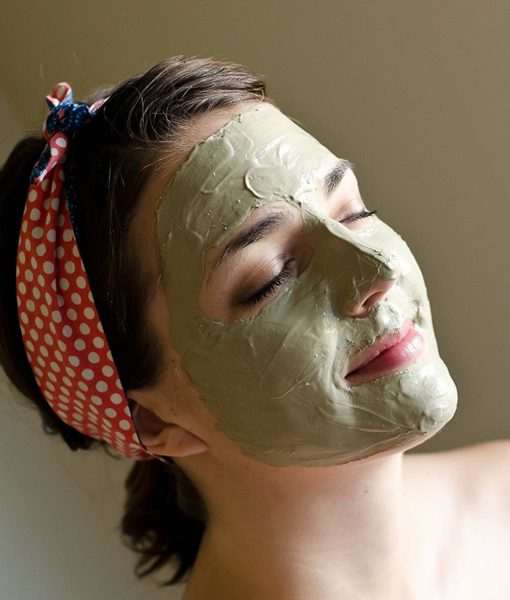 Facial mask using the #1 premium food grade edible Tierra Buena Pure Clay for effective detox support.